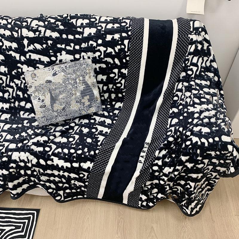 Todas las estaciones diseñadoras mantas de lujo con letra de lujo impreso para adultos para adultos alfombras para niños en casa textiles confeccionadores suministros