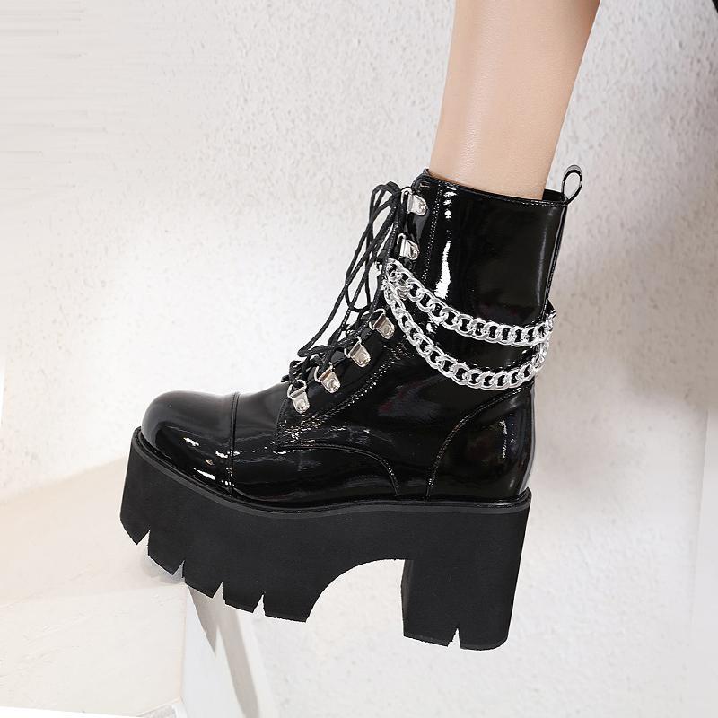 Stivaletti per rivetti in pelle verniciata piattaforma Lace-up Plus Velvet Boots Stivali da donna