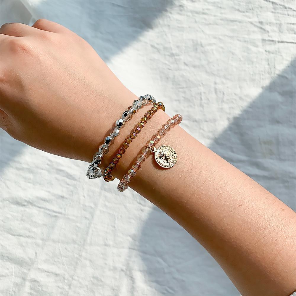 Preço de fábrica de vidro artesanal crystal bead mulheres strass redondo moeda charme trecho pulseira pulseira menina envoltório jóias