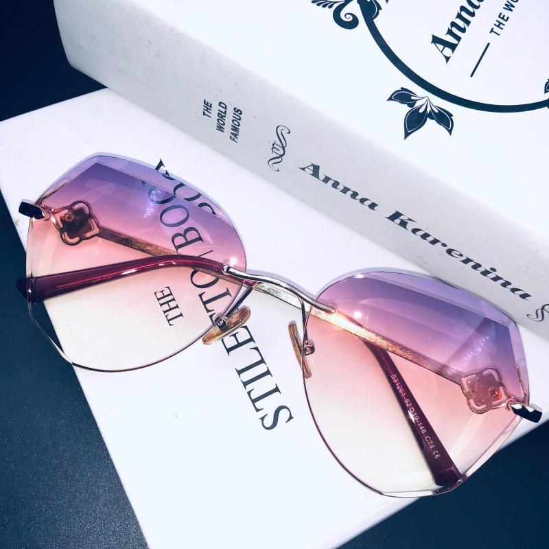 Gözlük Güneş Oculo Güneş Gözlüğü Tasarımcı Vintage Elmas Çerçeve Klasik Yeni Tonları Çerçevesiz Moda Alaşım Kadın UV400 PDKTU