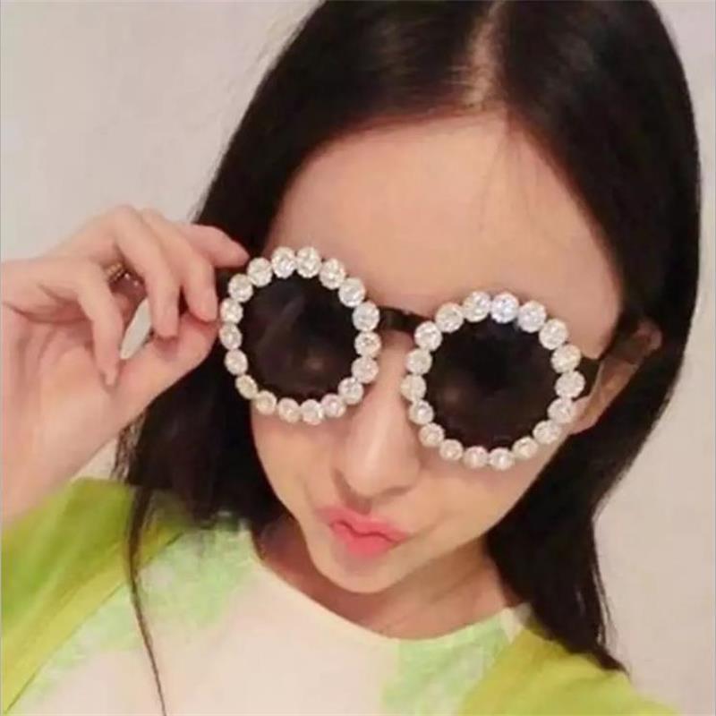 Gläser Sommer 26 Elegante Frauen Strass Designer Blume Damen Vintage Sonnenbrille Tönungen Marke Sonnenbrasse Sun Design Eyewear Voirp