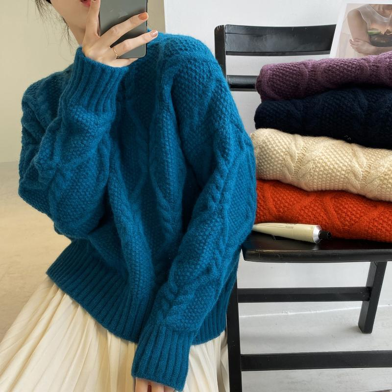 2020 Autumn Winter New Women Warm Soft Waxy Good Texture Twist O Neck Design Oversized Pullover Sweater Fashion Chic Top Female