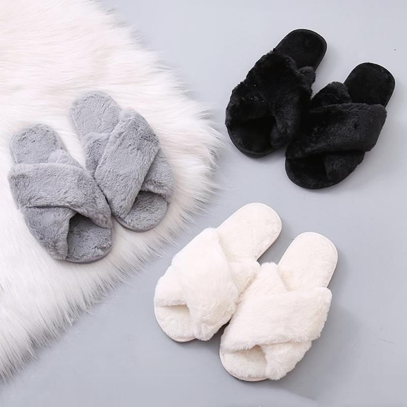 Bevergreen Kış Kadın Evi Terlik Faux Kürk Sıcak Düz Ayakkabı Kadın Evde Kayma Kürklü Bayanlar Terlik Boyutu 36-43 Toptan Y201026