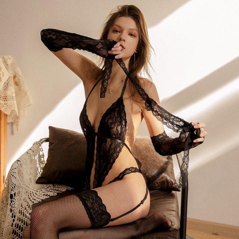 Sexy Dessous Hohlspitze Perspektive BH Sling Tops und Shorts Unterwäsche Set Womens Pyjamas Sleepwear mit Mask Handschuhen 201204