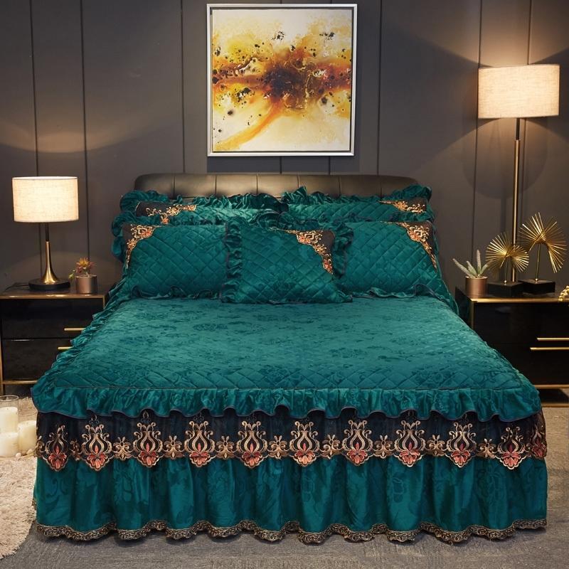 Утолщенная Фланнелет стеганая вышивка для вышивания Подстилные приспособленные листовые наволочки 2 / 3шт роскошные принцессы кружева вышивальные постельные принадлежности. T200901.
