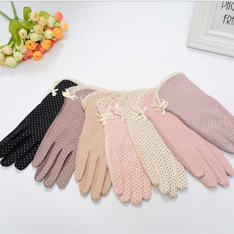 Пять пальцев перчатки перчатки 1pair женские вождения устойчивые к сольцам солнцезащитный крем хлопчатобумажные Golves мода лето / осень женская защита от солнца нескользящая г