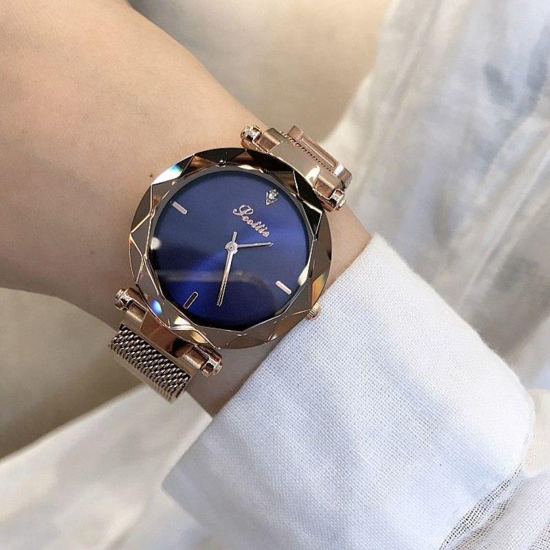 Gaudi, Star Watch, Lady Fashion Tiktok, Étudiante Simple Simple Coréen Simple