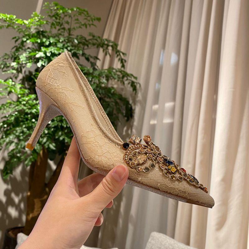 Envío gratis Women Designer Brand Crystal Jewel Lace Hihgh Heels Sexy Bombas Beige Nude Boda zapatos de fiesta Tacones de fiesta 100% imagen real