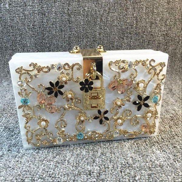 Tallado hecha a mano de alta gama alta exquisito tallado acrílico mini damas bolsas fábricas mujeres de bolso paquete fábrica pequeña bolsa de ventas de diamantes qwlg