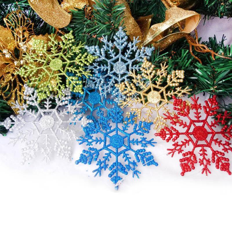 Precio de fábrica Colgando Árbol de Navidad Navidad Copos de nieve Techo Decoraciones Adornos Blanco Glitter Copo de nieve al aire libre para P