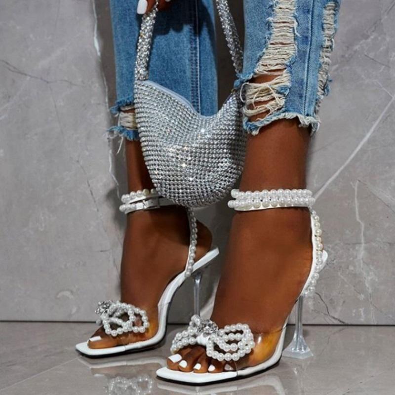 Été Transparent Femmes Haute Talons Sandales Sandals De Luxe Strass Perles Chaussures De Mariage Blanc Open Toe Crystal Stiletto Stiles Chaussures
