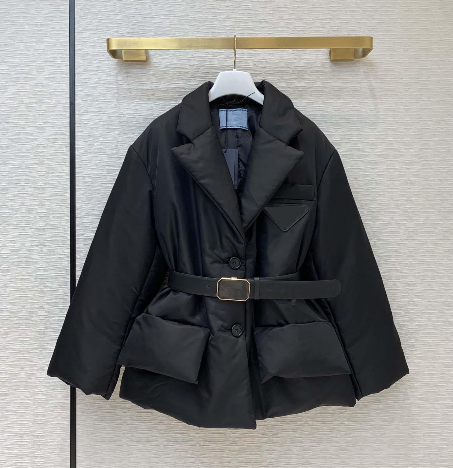 Frauen Parkas Mantel mit Hardware Invertiertes Dreieck Frauen Winter Dicke Mantel Suitsblazers Stil mit Gürtelgröße 36 38 40 Schwarz grau