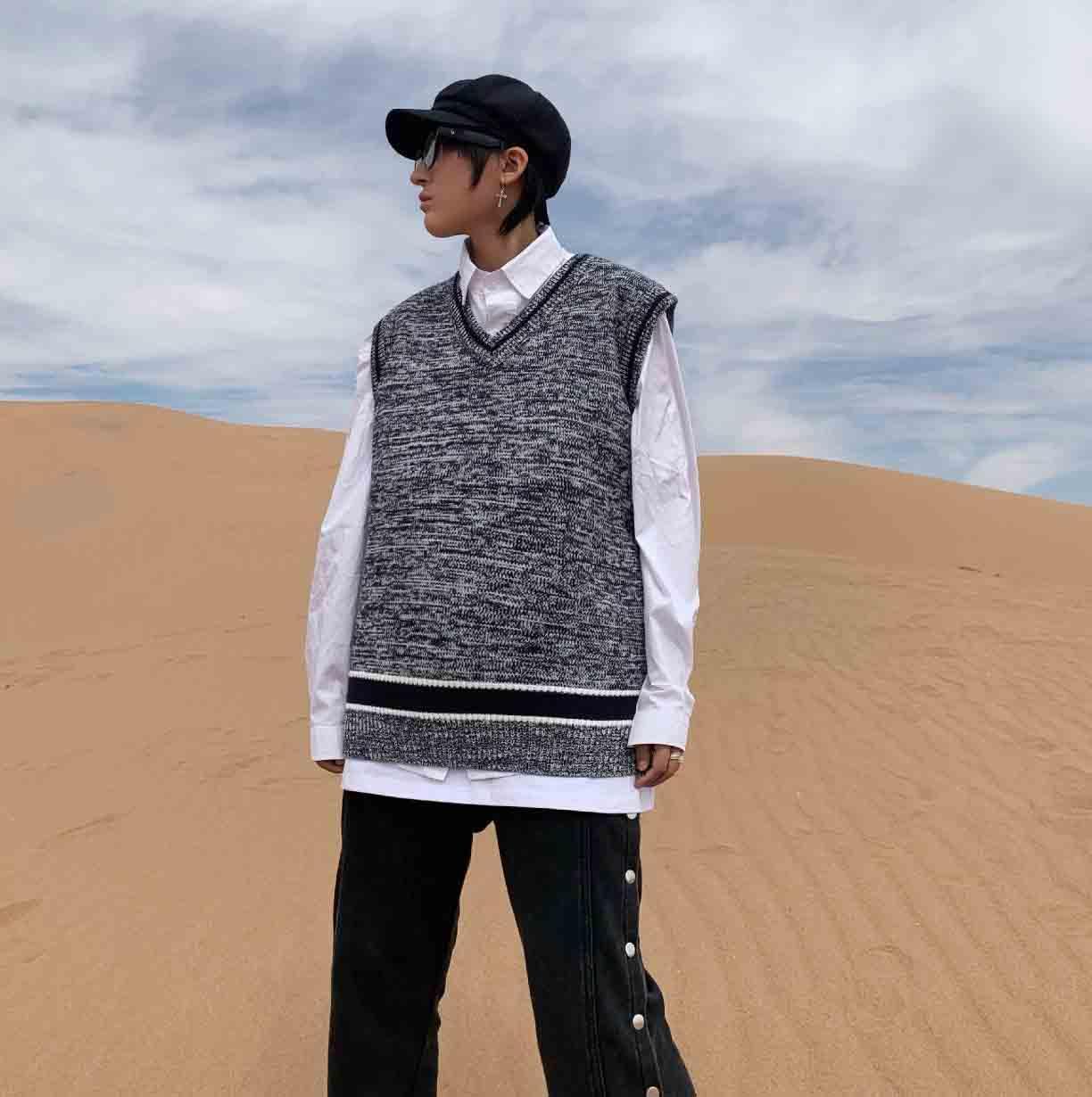 Erkek Desinger Kolsuz Yelek Kazak Yüksek Kalite Kaşmir Blend V Boyun Dış Giyim Yelek Erkekler Kadınlar Için 2021 Yeni Varış Kazak Gri Renk Sml