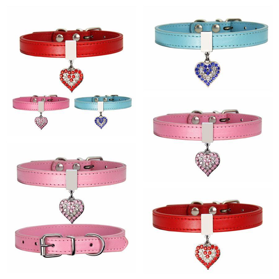 Hund Hundekragen mit Diamant Herz Bell Mode PU Leder Hund Hundekatze Kragen Kleine Hundehals Verstellbarer Riemen RRA2711