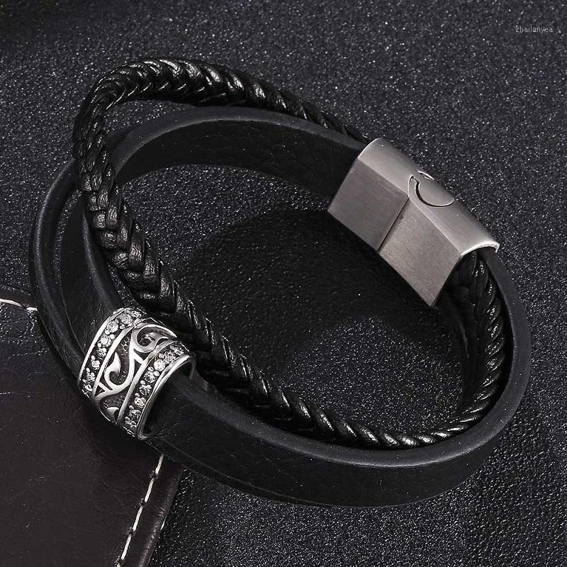 Charm Bracelets Vintage Multi-Layer Black Leather Bracelet Men Fashion Jewelry Magnetic Buckle Unisex Creative Gifts ST04431