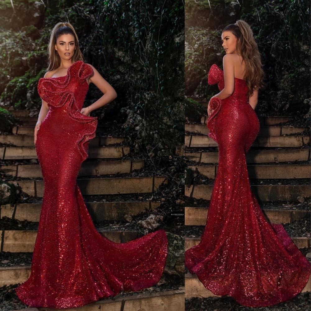 2021 Сексуальная новая русалка Темно-красный красный завершенные платья выпускного вечера для женщин носить без бретелек без рукавов с ругательными ручками.