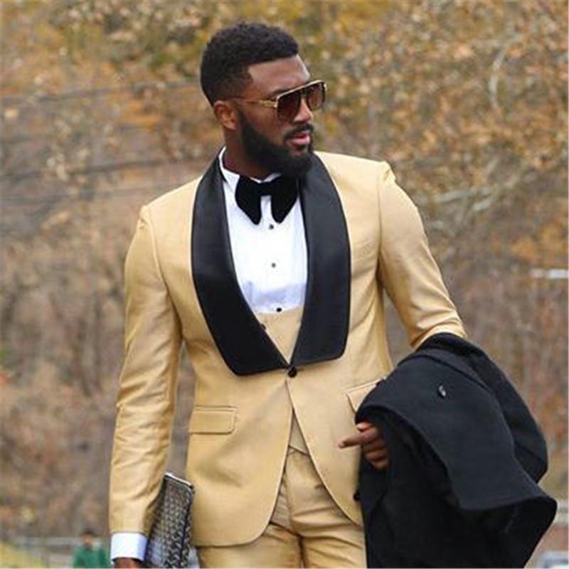 Düğün Altın ile Siyah Yaka Slim Fit Tuxedo Man Suit Smokin Üç parça için özel Erkekler Takım Elbise (Ceket + Pantolon + Yelek Tie)