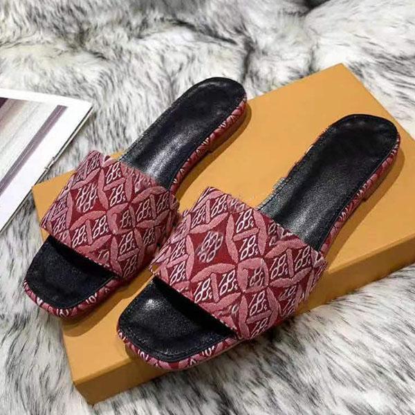 Slipper donna Designer Slipper Top-Quality Casual Slipper Calfskin Fashion Electric Ricamo Panno Superficie Flip Flops Size 35-44 con scatola