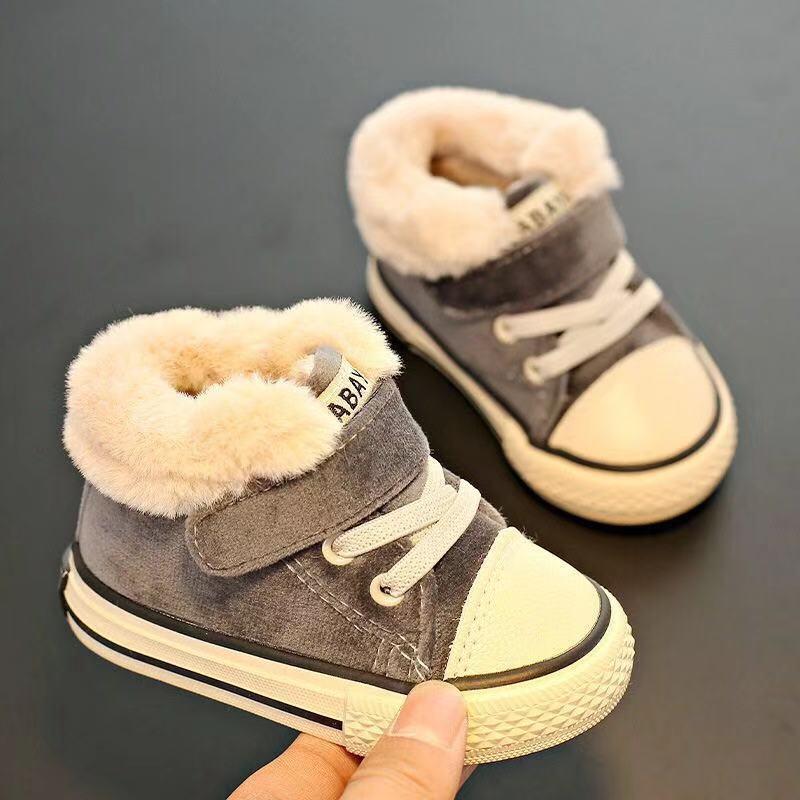 Baby Winter Shoes Girls 1-3 años de edad Piel caliente Boys Shoes Plus Velvet Girls Toddler Boots 2020 Winter Children's Cotton Shoes W1217