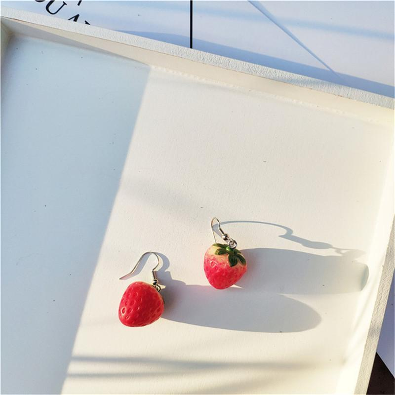 Kawaii Strawberry Earring Female Lovely Girl Simulation Red Strawberry Dangle Earring For Women Fine Jewelry Accessories DIY
