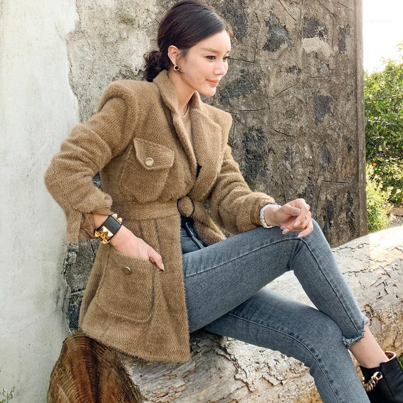 Женщины 2021 Мода с поясом Тонкий шерстяной куртка Пальто Урожай с длинным рукавом Боковые карманы Женская верхняя одежда CHIC Overcoat1