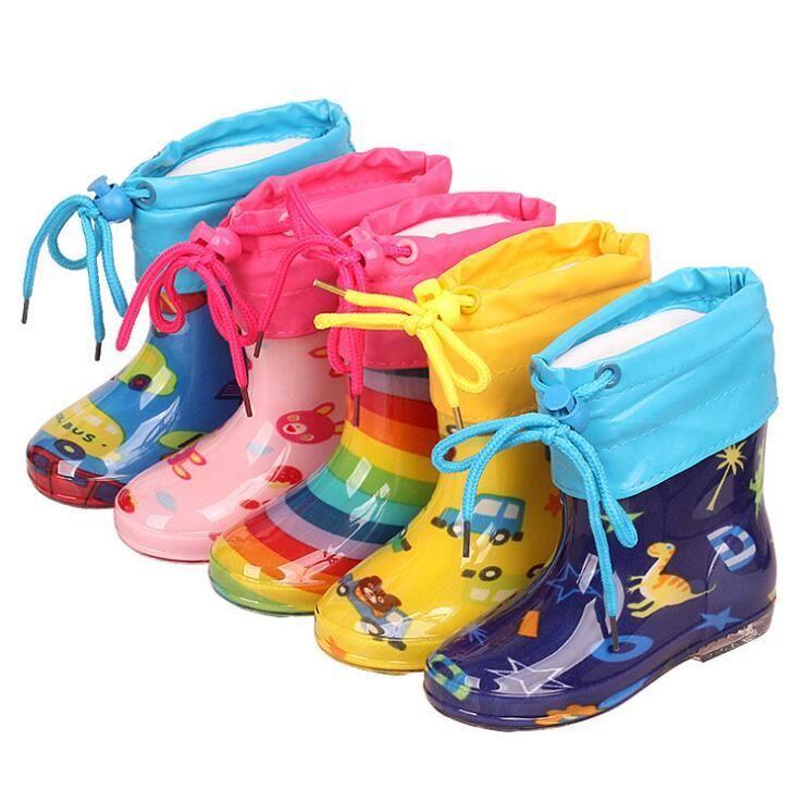 Yeni Çocuklar Yağmur Botları Çocuk Kauçuk Rainboot Bebek Kız Su Geçirmez Boot PVC Sıcak Erkek Su Ayakkabı Karikatür Dört Mevsim Çıkarılabilir