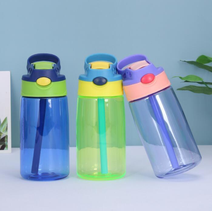 Niños Botella de agua plástica Bebé Bebé Sippy Taza con agua de paja Alimentación del alumno Copa Termos creativos Botellas a prueba de derrames 500ml 5 colores Yys28 RJSX