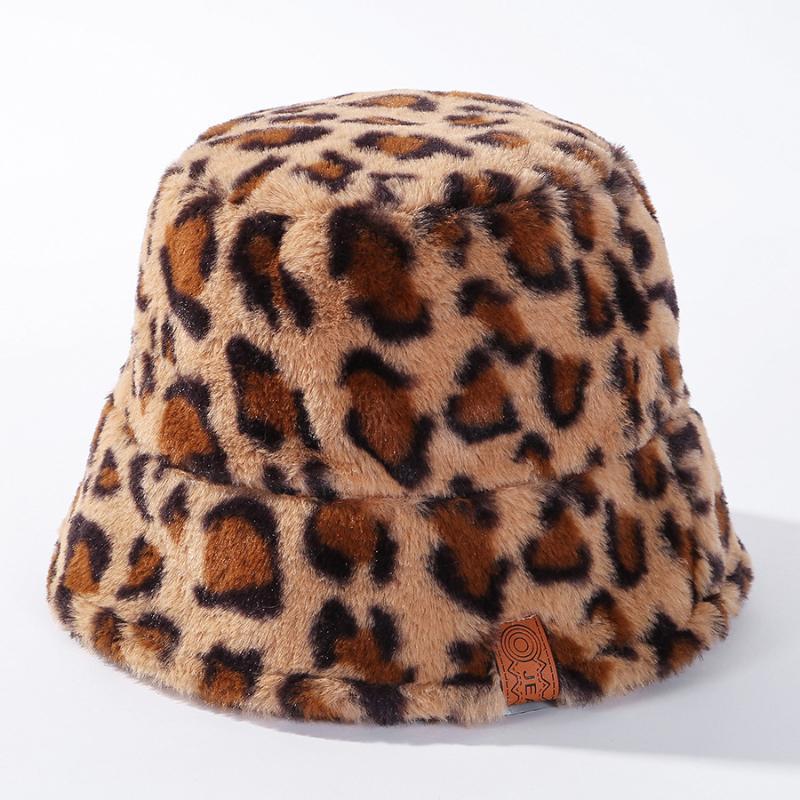 واسعة بريم القبعات ليوبارد بقرة للمرأة الشتاء دلو سميكة الدافئة سيدة اليابانية بنما السفر في الهواء الطلق الصياد قبعة خمر فو الفراء الخريف