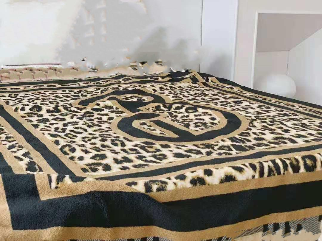 Donne da uomo Coperte Throw Coperte Coperta Coral Fleece Tappeto 150x200cm Biancheria da letto Aria condizionata Colli Coperchio Parecchi PARALI BACCHETTI Coperte aeree 129