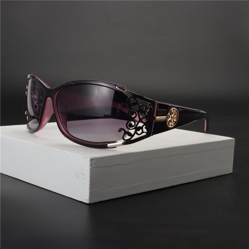 Neue Weinlese-kleine Oval Sonnenbrillen Frauen-Marken-Entwerfer-Dame Luxuxdiamanten Frame Square-Sonnenbrillen Weibliche Brillen UV400 NX