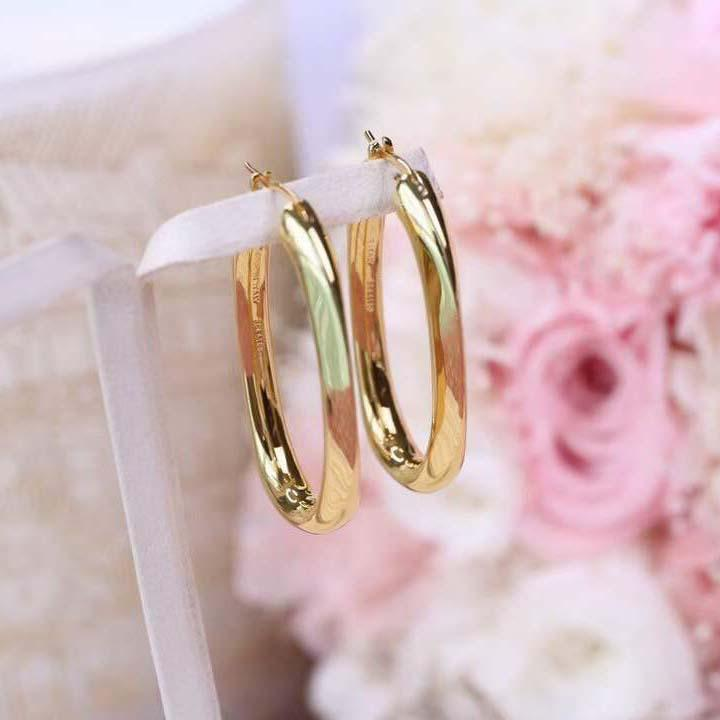 Pendiente de aro colgante de forma ovalada de primera calidad en 18k chapado en oro para mujeres regalo de joyería de boda PS8640