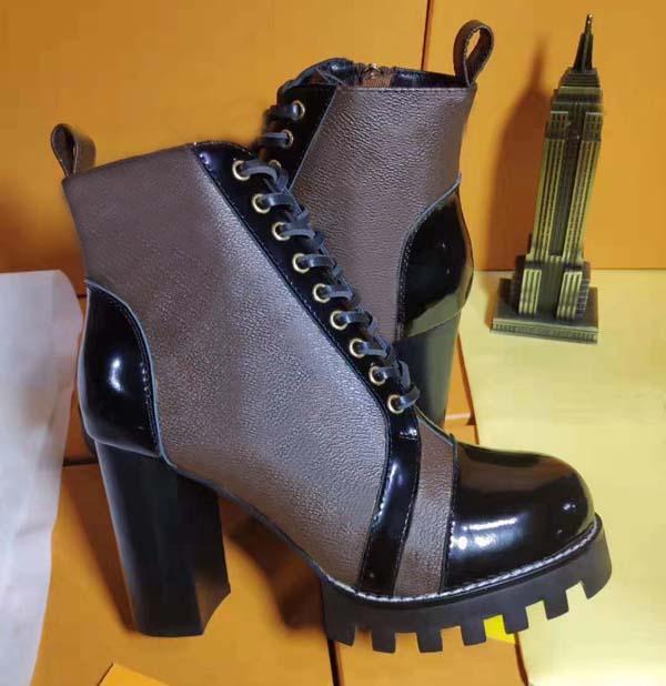 2021Women Luxury High Heeld Martin Boots Winter Coarse Heel Designer Design Desert Boots 100% Pelle vera pelle Tacco alto Stivali Grande taglia 35-42