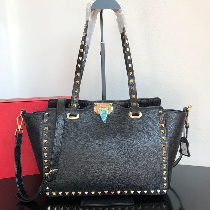 2020 Design di lusso Grande Capacità Grande Capacità Black Rivet Bag Borsa a tracolla portatile Borsa da bodie in pelle bovina Ali Litchi Pattern Donne Borsa 0928