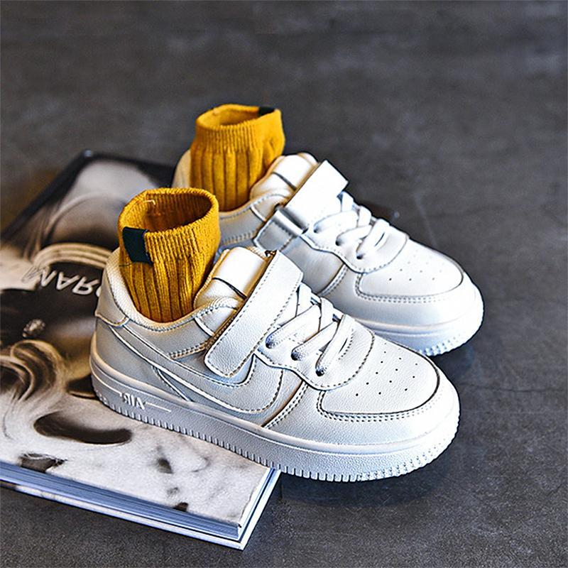 Outono e inverno 2020 novos esportes infantis altos meninas aj pequenos meninos brancos meninos de couro bebê sapatos moda