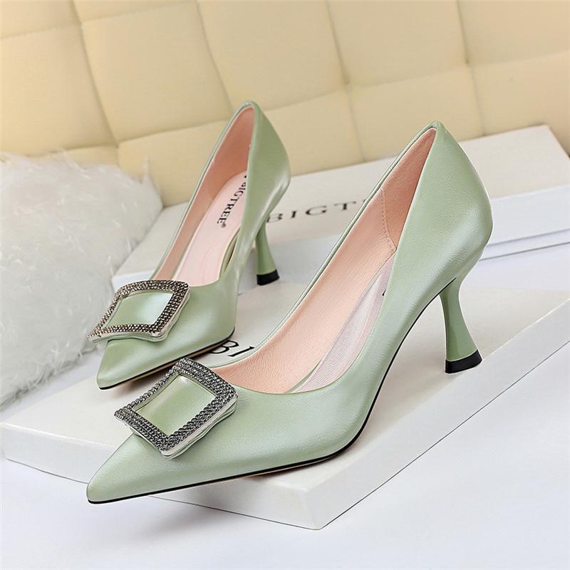 Gelb 2020 Neue grüne Frau Nackt Kätzchen Tacones Mujer Fersen Sieben Zoll Kurzfertiger Schuhe Giltter Kristall Strass Bomben Weitere Größe C2VE