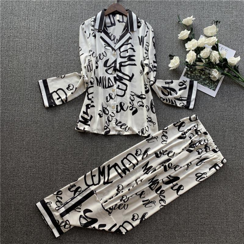 Mulheres Satin Silk Pijamas Conjuntos com Calças Flor Impressão de Manga Longa Sleevewear Sala Conjuntos Pijama Mujer Feminino Nightsuits Pijamas Y200708