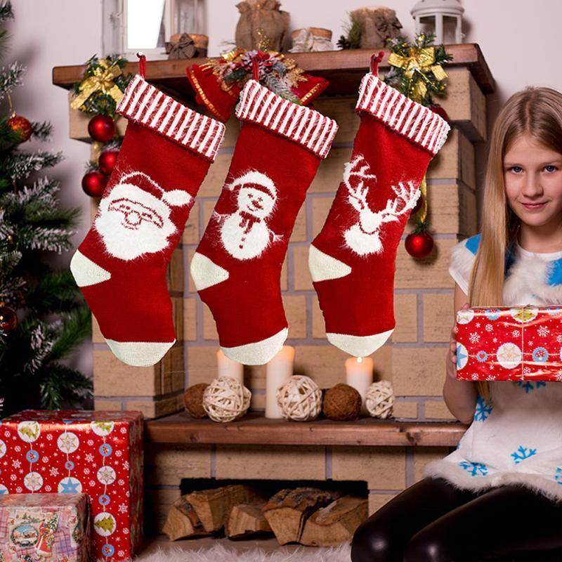 Noel Süslemeleri Çorap Sevimli Geyik Desen Dolap Örme Asılı Klasik Noel Çorap Festivali Parti Çocuklar Şeker Hediye Ambalaj Çanta