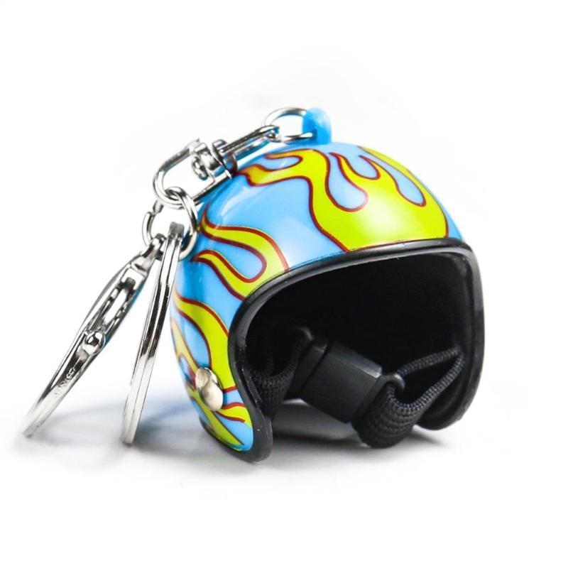 Мотоциклетные пламени шлемы ключевой цепь женщины мужчины милые божьи коровка бестовой шлем автомобиль брелок сумки горячие ключей кольцо подарочные украшения оптом