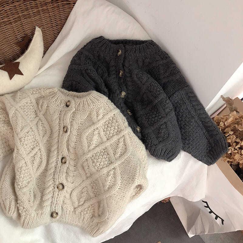 Корейские девушки и осенние одежды, пальто, мальчики теплые вязаные свитера