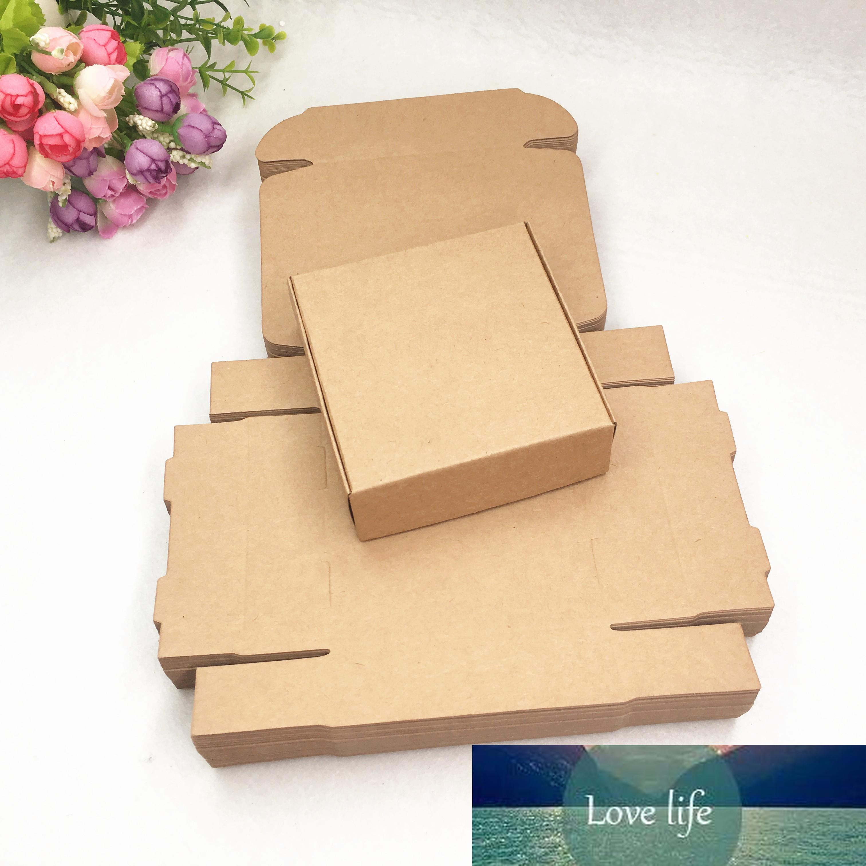 Boîtes cadeaux en papier kraft blanc brun blanc Boîtes d'emballage en carton vierge boîtes artisanales de mariage Favoris de mariage fournitures 10x10x3cm