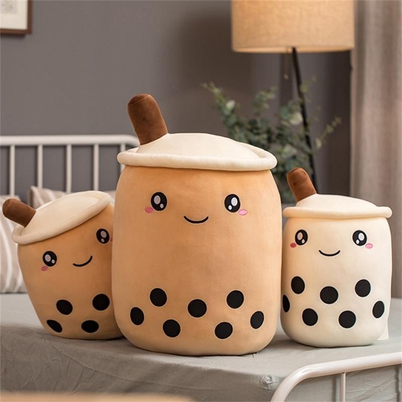 35 cm Niedliche Cartoon Bubble Tee Tasse Form Kissen Plüschtiere Lebensläufe Gefüllte weiche Rückenkissen Lustige Boba Lebensmittel Spielzeug für Kinder 201214