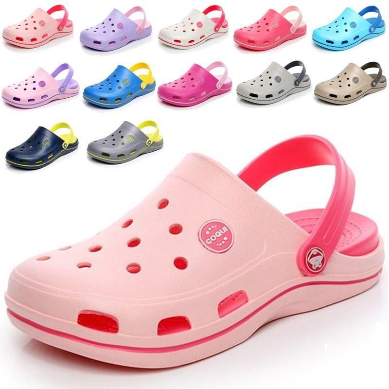 새로운 패션 샌들 남자 젤리 나막신 슬리퍼 부드러운 하단 해변 샌들 여성 clog 샌들 편안한 통기성 발목 - 랩 에바 신발