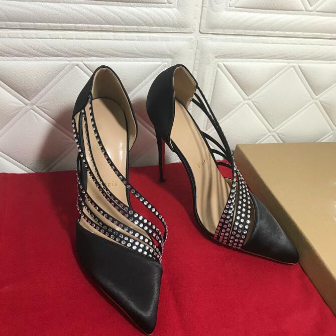 2020 Европа и Соединенные Штаты Популярные новые красные подошвы модные женские туфли, горный хрусталь Vhampon, мелководная атласная вечеринка и свадебные сандалии