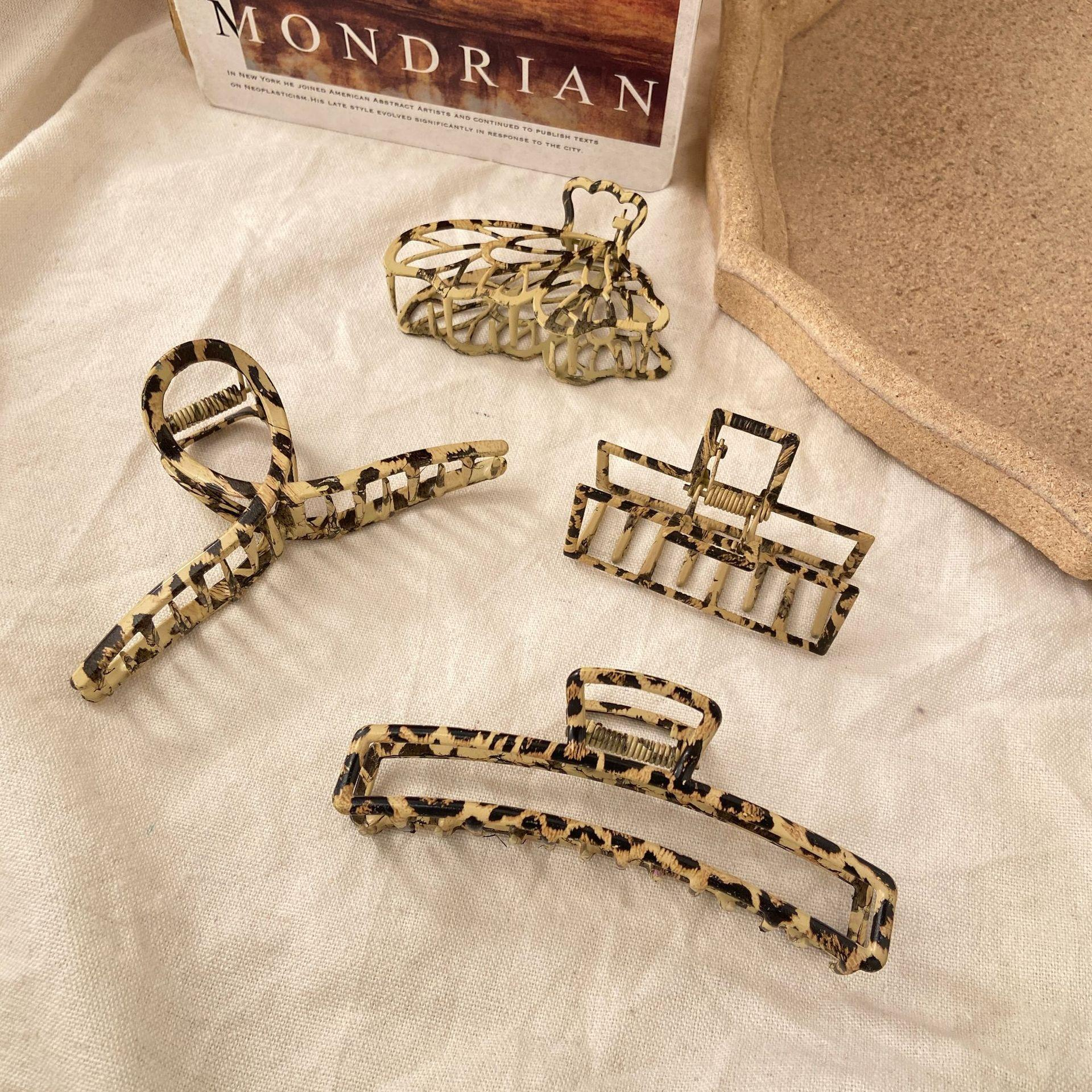 Leopard Hair Claw Clips Exquisite Hair Catch Barrette Jaw Clamp for Women Girls Half Bun Hairpins for Thick Hair Fashion Accessories
