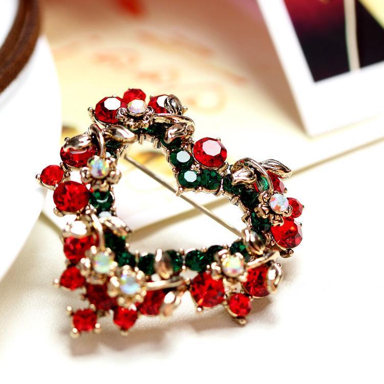 Kore Moda Kalp Şeklinde Noel Broş Elmas Çiçek Pin Giysi Aksesuarları Hediye Çok Yönlü Broş HD