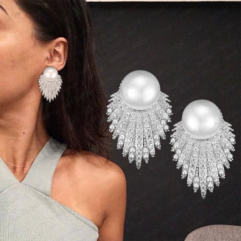 Godki Fireworks Shell Shell Perle Orecchini per le donne Wedding CZ Brincos Boucle d'Oreille 2020 Gioielli Boemia Hot