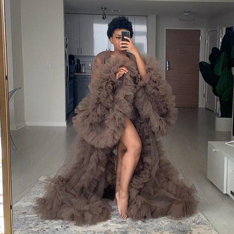 Beiläufige Kleider Hohe Mode Braune Rüschen Tüll Mutterschaftskleid Robe Open Puff Full Sleeves Siehe Thru Women Babyparty-Kleider