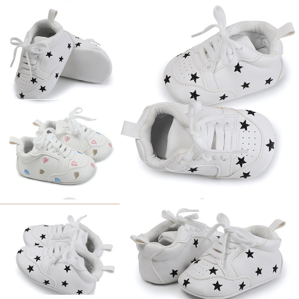 Barato AutumnToddler Fashion Spring First Walker Bebé y niña Soft PU Zapatos de PU infantil Barato Born Shoes Zapatos deportivos de malla