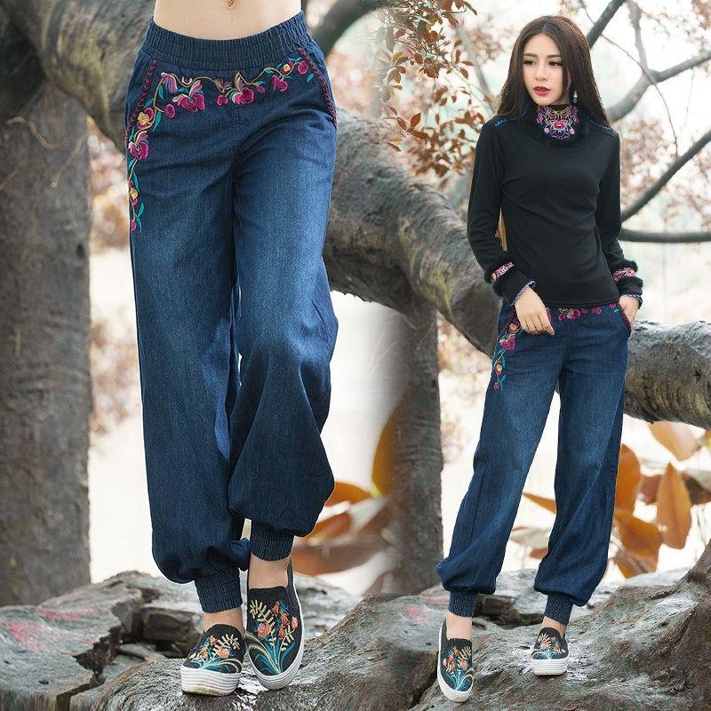 Этнические джинсы женщины осень весеннее богемное хиппи оригинальные длинные вышивки джинсовая широкая нога брюки брюки китайская одежда Y200417