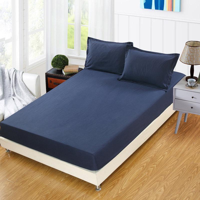 Bettdecke der ausgestanzten Farbenbettbezüge. Bettwäsche und Bettdecken für ELS-Sommer-Kühle, rutschfeste Matratzenabdeckung